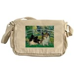 Bridge / 2 Pomeranians Messenger Bag