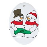 Mr & Mrs Snowmans Ornament (Oval)