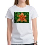 .orange daylily. Women's T-Shirt