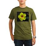 .yellow hibiscus. Organic Men's T-Shirt (dark)