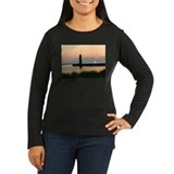 .Muskegon Breakwater Light. T-Shirt