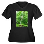 .garden spider. Women's Plus Size V-Neck Dark T-Sh