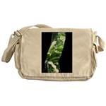 .straight-thru. Messenger Bag