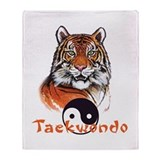Taekwondo tiger Throw Blanket