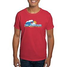Martha's Vineyard MA - Waves Design. T-Shirt