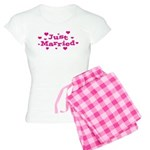 Just Married with Hearts Women's Light Pajamas