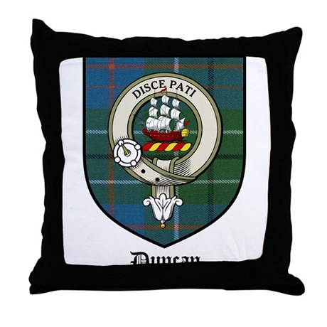 Gifts gt badges more fun stuff gt duncan clan crest tartan throw pillow