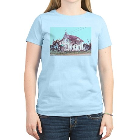 Old House on the Corner Women's Pink T-Shirt
