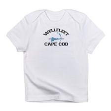 "Wellfleet MA ""Varsity"" Design. Infant T-Shirt"