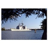 USS Mobile Bay transits into Pearl Harbor channel