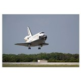 Space Shuttle Discovery approaches landing on the