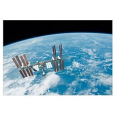 The International Space Station backdropped by Ear