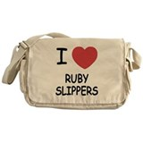 I heart ruby slippers Messenger Bag