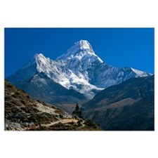 Nepal, Ama Dablam Trail, Temple in the extreme ter