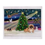 XmasMagic/ Pekingese #1 Throw Blanket