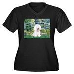 Bridge & Bichon Women's Plus Size V-Neck Dark T-Sh