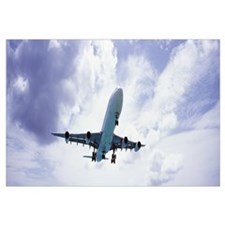 An airplane in flight, Maho Beach, Sint Maarten, N