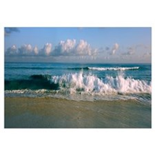 Waves crashing on the beach, Varadero beach, Varad
