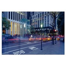 Traffic on the road, Fifth Avenue, Manhattan, New