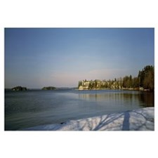 Resort at the lakeside, Lake Muskoka, Ontario, Can