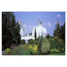 Building in a botanical garden Buffalo And Erie Co