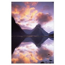 Mitre Peak at sunset, Milford Sound, Fiordland Nat