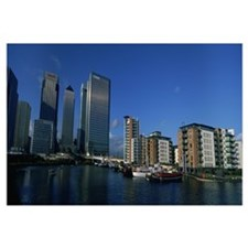 Buildings at the waterfront, Canary Wharf, London,