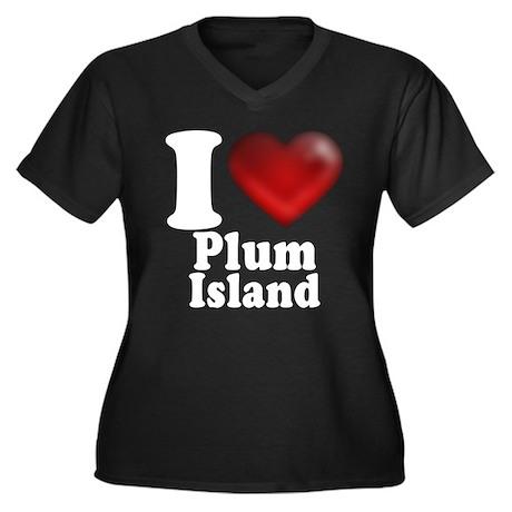 I Heart Plum Island Women's Plus Size V-Neck Dark