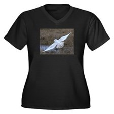 Snowy Owl in flight Women's Plus Size V-Neck Dark