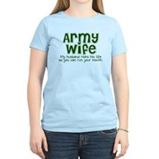 Funny Proud soldiers wife T-Shirt