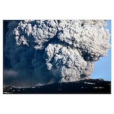 Ash cloud erupting from Eyjafjallajökull Volcano,