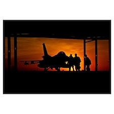 Silhouette of a Chilean Air Force F-16C Block 50 a