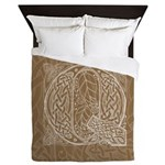 Celtic Letter Q Queen Duvet Cover