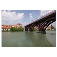 Arch bridge across a river, Drava River, Maribor,