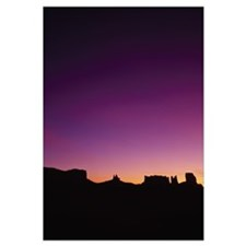 Silhouette of rock formations, Monument Valley Tri
