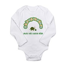 Cute Mom of a doctor Long Sleeve Infant Bodysuit