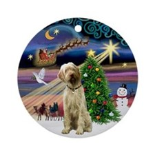 Xmas Magic Italian Spinone Ornament (Round)