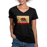 California Flag Women's V-Neck Dark T-Shirt