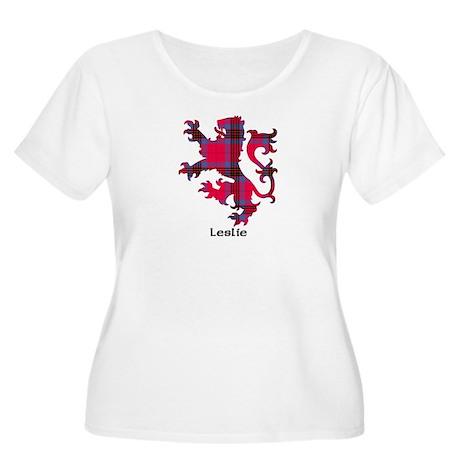 Lion - Leslie Women's Plus Size Scoop Neck T-Shirt