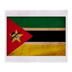 Mozambique Flag Throw Blanket