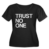 Trust No One Women's Plus Size Scoop Neck Dark T-S
