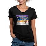 XmasSunrise/Chow Women's V-Neck Dark T-Shirt