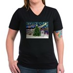 Xmas Magic & Coton De Tulear Women's V-Neck Dark T