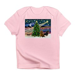 XmasMagic/2 Dachshunds (P2) Infant T-Shirt