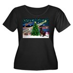 Xmas Magic & Choc Lab Women's Plus Size Scoop Neck