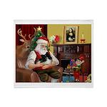 Santa's Pomeranian (bw) Throw Blanket