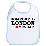 London: Loves Me Bib