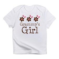 Grammy's Girl Daisies Infant T-Shirt