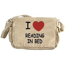 I heart reading in bed Messenger Bag