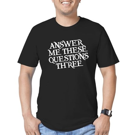 questions three Men's Fitted T-Shirt (dark)